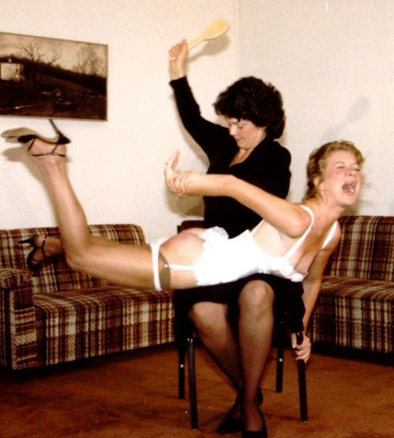 Spanking Art:Picture of the month -